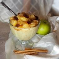 Budyń jaglany z karmelizowanymi jabłkami