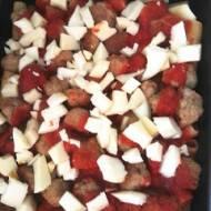 Makaron zapiekany z pulpecikami i serem