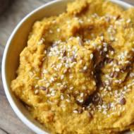 Hummus z pieczoną marchewką