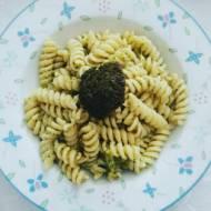 Makaron z brokułami łatwy przepis