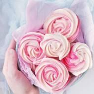 Róże bezowe