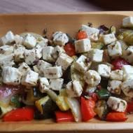 Sałatka z pieczonych warzyw z fetą