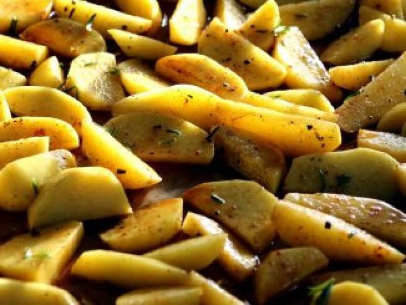 Pieczone ziemniaki z przyprawami