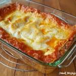 Lasagne z mięsnym sosem pomidorowym i mozzarellą