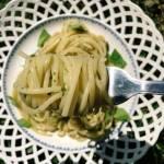 Środa: Spaghetti z bazyliowo-miętowym pesto