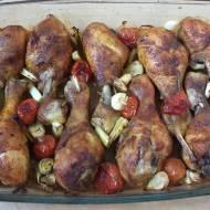 Pałeczki z kurczaka zapiekane z pomidorkami
