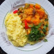 Curry z dynią, bakłażanem i soczewicą
