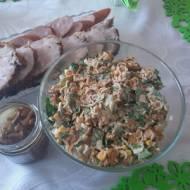 Sałatka ze schabem,szpinakiem i makaronem