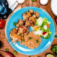 Aromatyczne szaszłyki z kurczakiem i warzywami