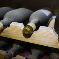 Zasady przechowywania i temperatury podawania wina