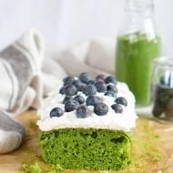 Zielone ciasto z kremem kokosowym