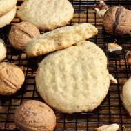 Piaskowe ciasteczka z orzechami włoskimi bez jajek (wersja bezglutenowa)