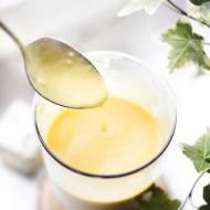 Sos mango z serem pleśniowym