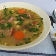 Zupa fasolowa, czyli prosto,smacznie i do syta.