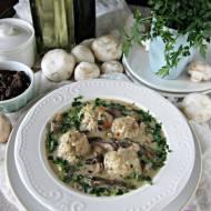Pulpety z ryżem w sosie grzybowym