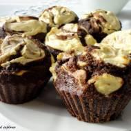 Fit muffinki czekoladowe z waniliowym twarożkiem