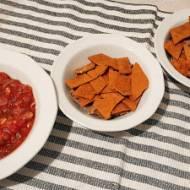 Nachosy z sosem salsa