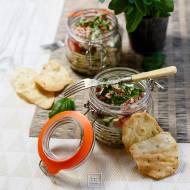 Sałatka ze słoika – z bobem i fasolką