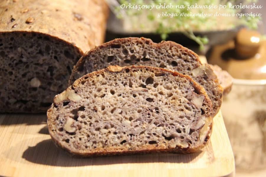 Orkiszowy chleb na zakwasie po królewsku