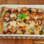 Naleśniki zapiekane z bakłażanem, mozzarellą i sosem pomidorowym