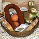 Wyprawka na Wielkanoc, czyli kiełbasa świąteczna i chleb wielkanocny