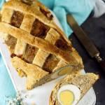 Pieczen rzymska  jajkiem w ciescie francuskim