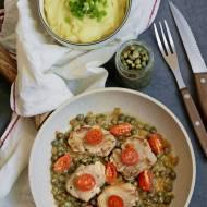 Polędwica wieprzowa duszona w sosie z kaparów, z aksamitnym puree ziemniaczanym