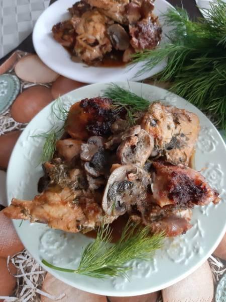 Majonezowe Udka bez kości pieczone w szpinaku i pieczarkach