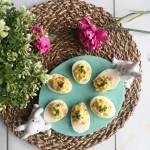 Jaja faszerowane łososiem