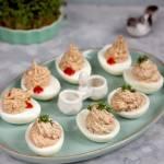 Jajka faszerowane tuńczykiem w dwóch wersjach