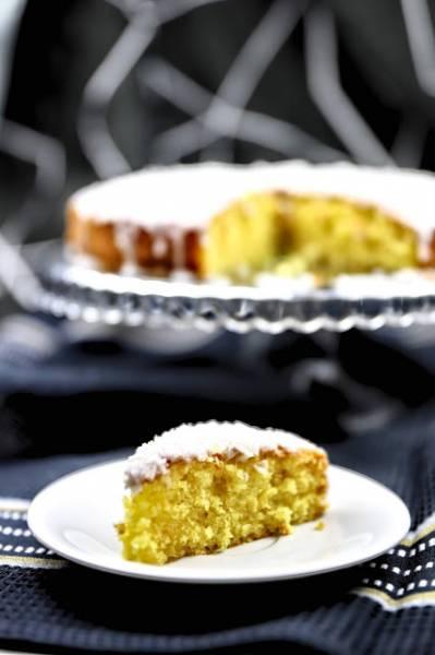 Puszyste ucierane ciasto pomarańczowo - kokosowe