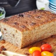 Chleb z rodzynkami