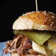 Pulled pork - burger z szarpaną wieprzowiną