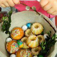 Cytrynowe babeczki do koszyczka