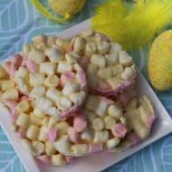 jajeczka z marshmellow i białą czekoladą