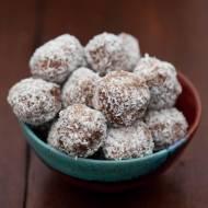 Pomysł na wykorzystanie resztek ciasta - trufle kokosowo-czekoladowe z mascarpone