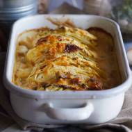 Młoda kapusta zapiekana w śmietanie / Creamy young cabbage bake