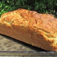 rewelacyjny chleb ze słonecznikiem na maślance