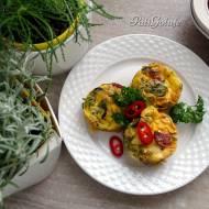 Ogrody ziołowe i muffiny jajeczno-ziołowe