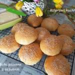 Bułki pszenne z sezamem