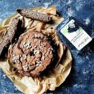 Bezglutenowy jaglany chleb chia z czarną soczewicą (vege)
