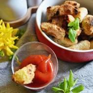 Frytki ziemniaczane z piekarnika z wegańskim parmezanem.