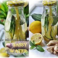 Sassy water . Napój odchudzający