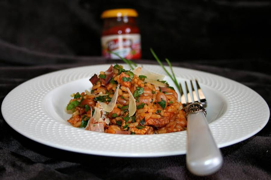 Risotto pomidorowe - mięsno fasolowe