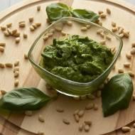 Pesto z bazylii i orzeszków pinii
