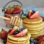 Pancakes z miodem spadziowym