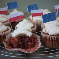Keto Red Velvet Cupcakes (Paleo, LowCarb)