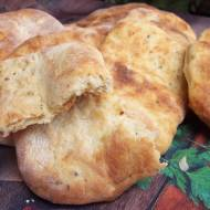 Domowe chlebki naan
