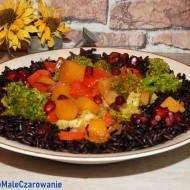 Kolorowa potrawka z czarnym ryżem