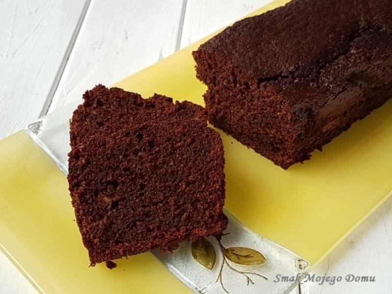 Pomarańczowe ciasto z czekoladą